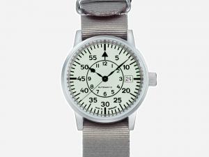 Uhren von UHR UHR-521
